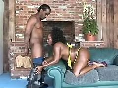 This black bbw knows sense in sex black chubby movies